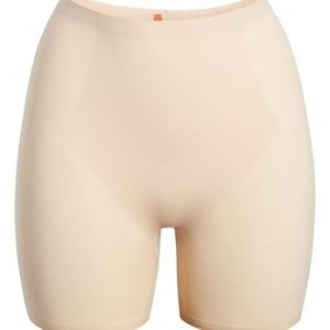 Spanx Slimmer and Shine Hip Nipper Panty 2132 NUDE